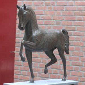 Tuigpaard Platoon, ca 120 cm hoog, brons