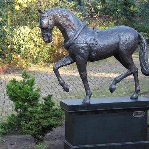 Menpaard van vierspan - brons, 2/3 werkelijke grootte, Yvonne Piller