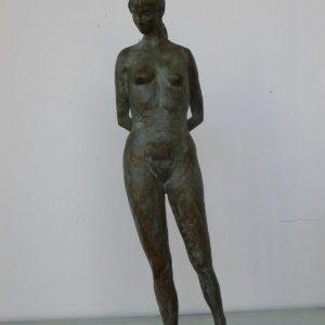 Staand meisje Fleur, brons, ca 30 cm hoog
